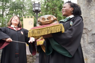 Hogwarts Choir.